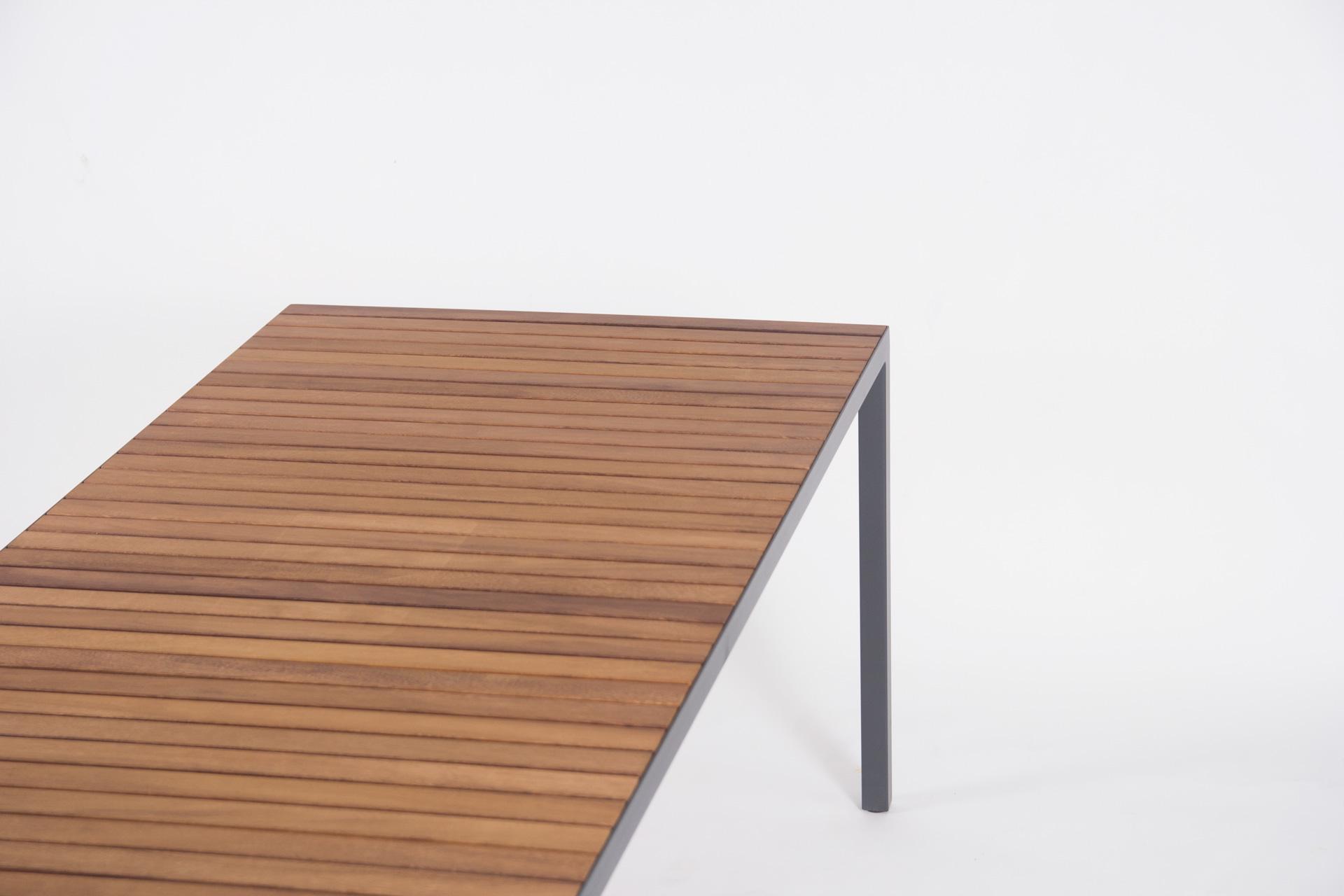 Table Hvar